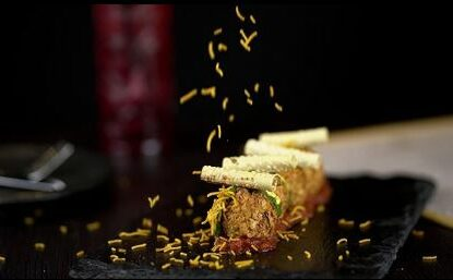weird food combinations to try in Dubai